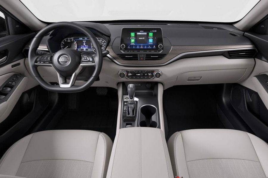 2019 Nissan Altima Interior