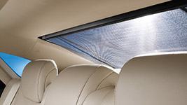 2018 Toyota Avalon Rear Sunshade