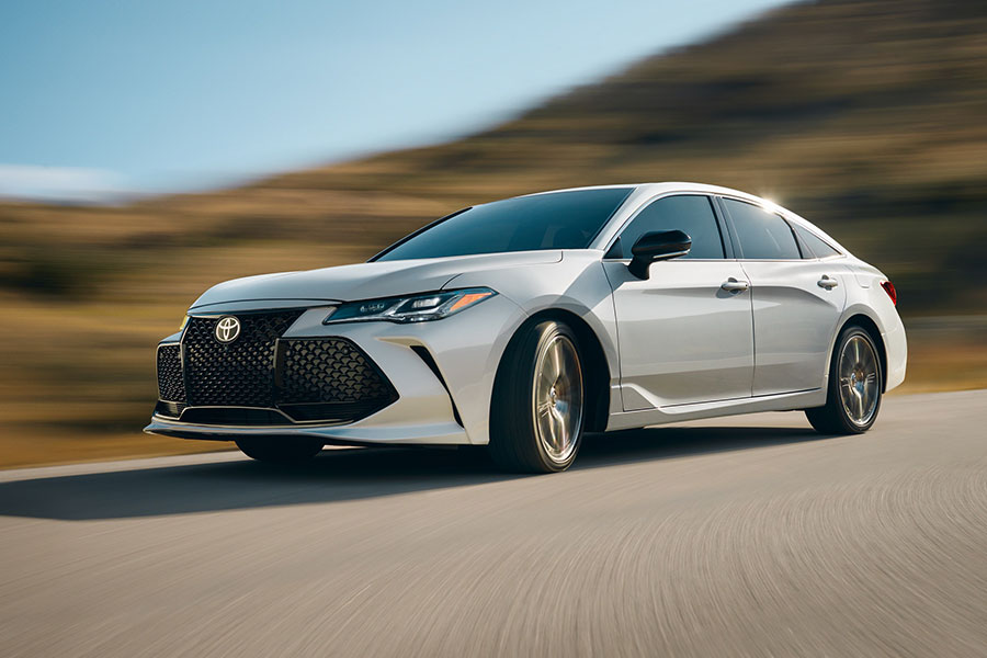 2020 Toyota Avalon on the Road