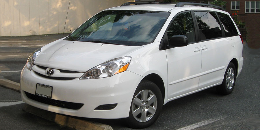Used Toyota Sienna Gen 2 Large