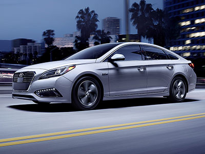 The Sonata Hybrid Caught Our Eye Here Because It Offers Unique Innovations In Addition To Usual Driver Aids Hybrids Are So Quiet