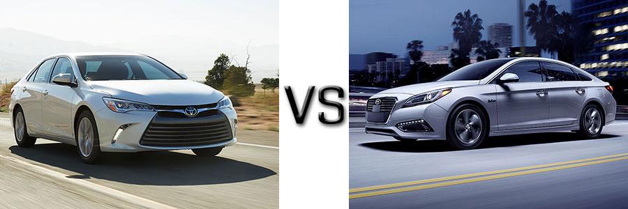 2017 Toyota Camry Hybrid vs Hyundai Sonata Hybrid