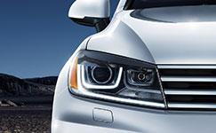 2017 Volkswagen Touareg Bi-Xenon Headlights