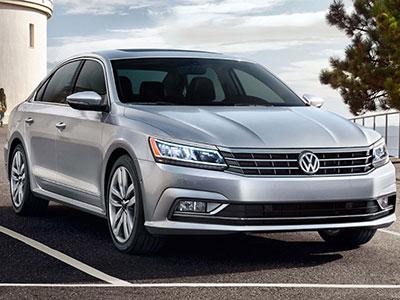 2017 Volkswagen Passat vs Audi A4 | Burlington Volkswagen