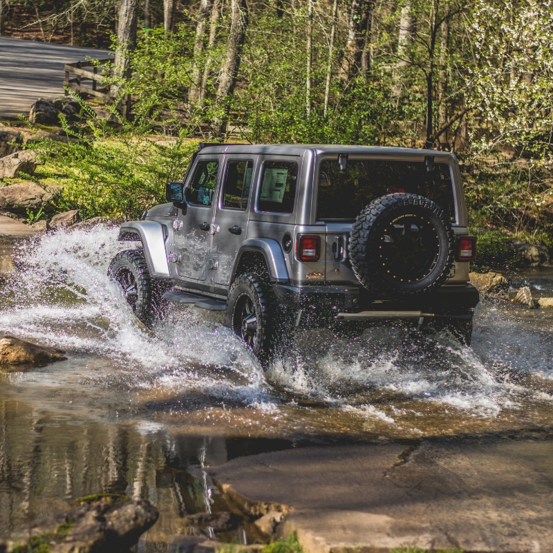 Rocky Ridge Lifted Jeep Wrangler JL
