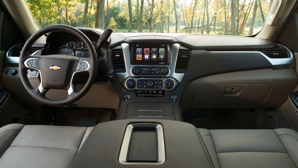 Tech in the Used 2015 Chevy Suburban