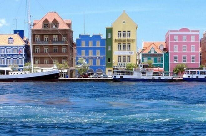Curacao là các viên ngọc hoang sơ giữa vùng Caribe