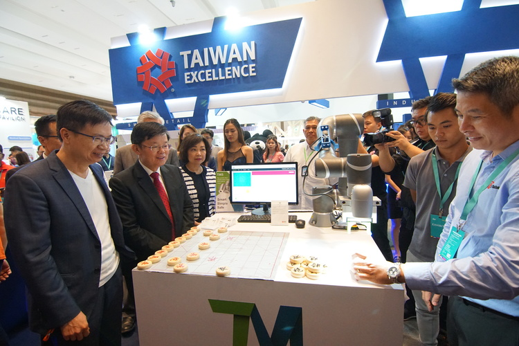 https://storage.googleapis.com/www.taiwantradeshow.com.tw/model/photo/MS/2019/PH00037750-name.jpg