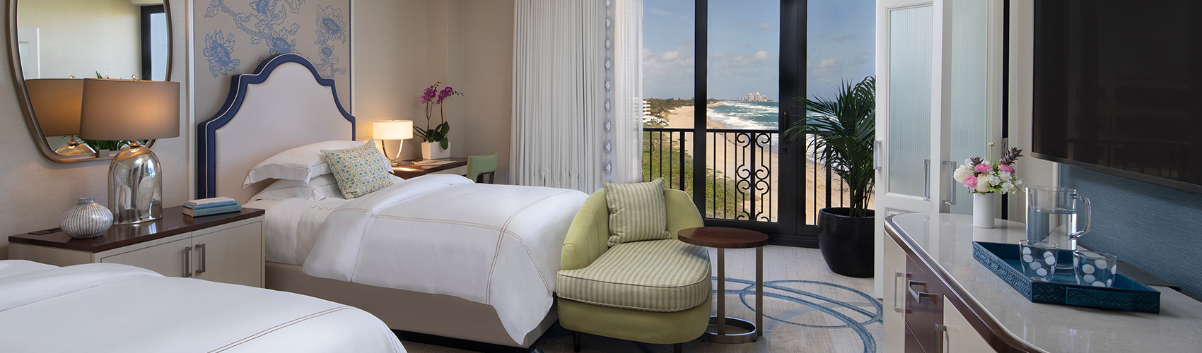 Deluxe Guest Room with Partial Ocean View - Double