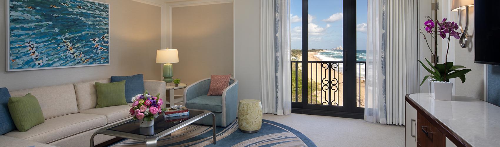 Atlantic Suite with Oceanfront View Living Room