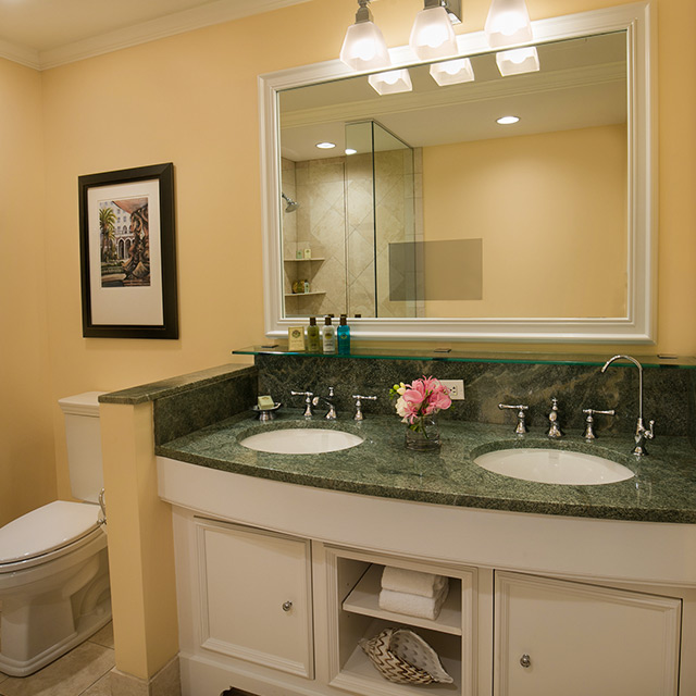 Classic Suite with Resort View Bathroom