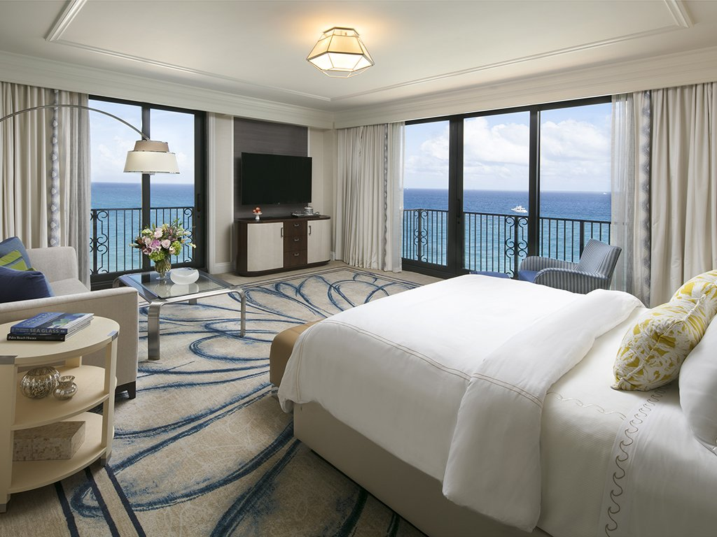 The Breakers Atlantic Junior Suite with Oceanfront View