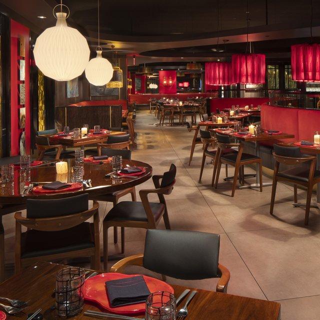 Echo Palm Beach - Dining Room