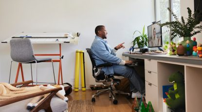 What you should and shouldn't do during a video meeting