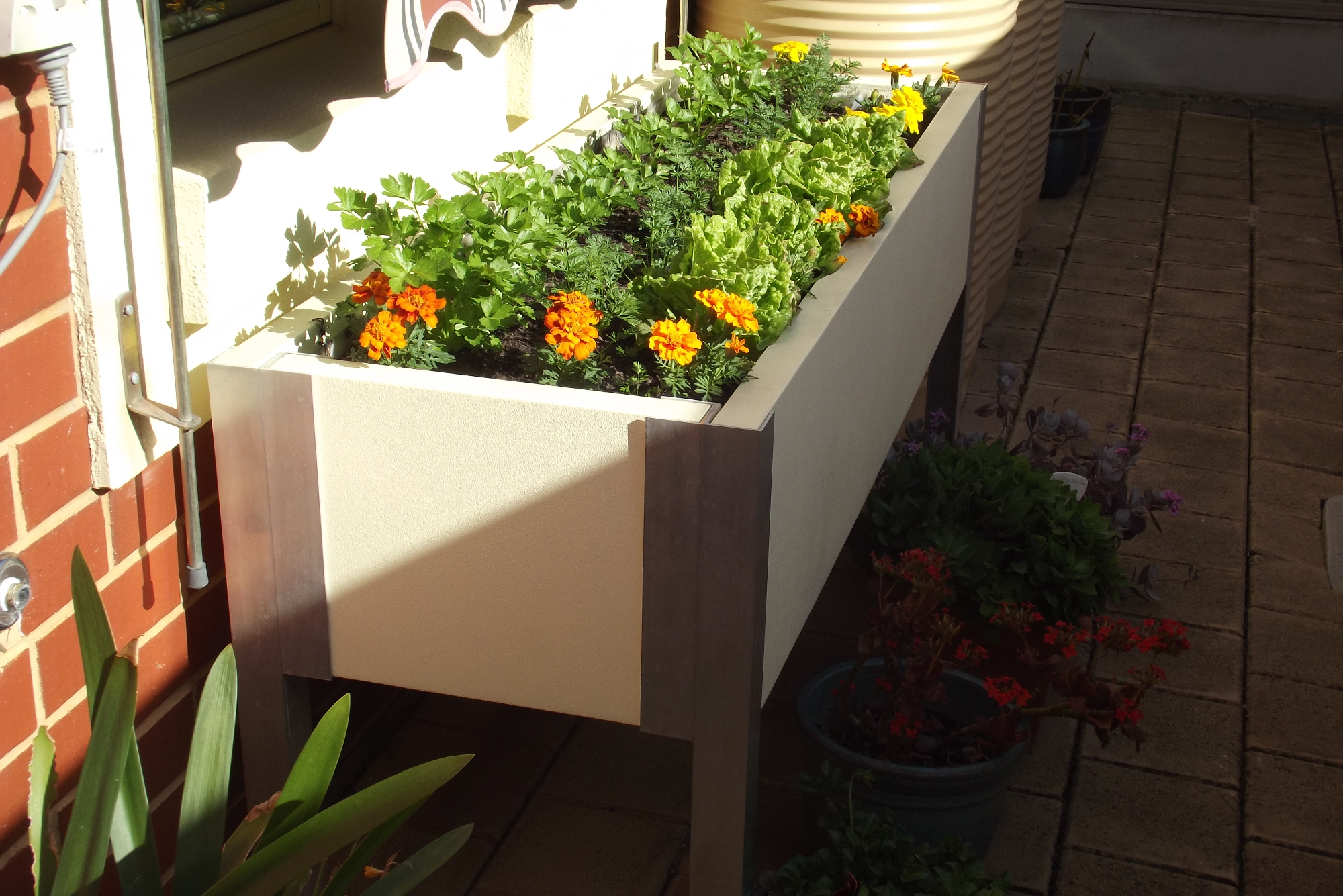 Patio & pergola planter boxes