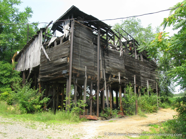 Dessecker Coal Mine Upper Tipple, American Industrial Mining Company, Ohio Abandoned Mine
