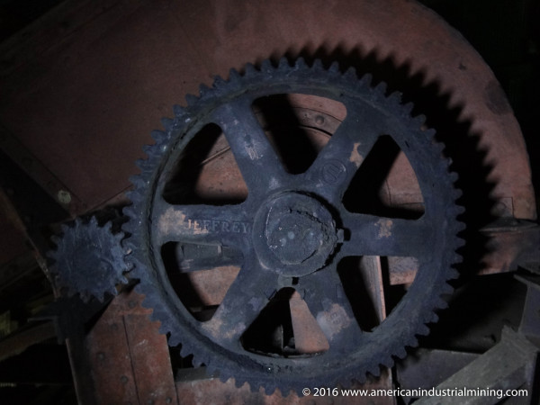 The Jeffrey mechanical gear drive in the tipple