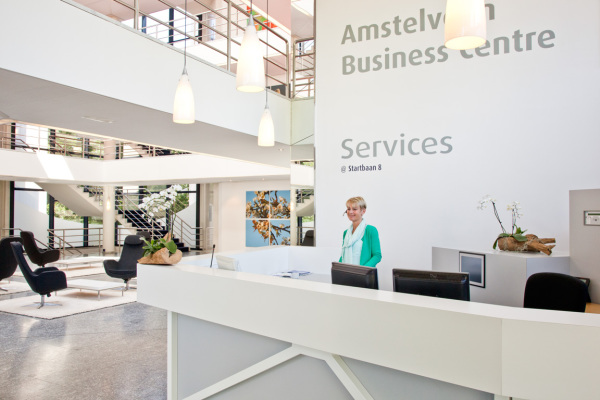 Color Business Center, Amstelveen, Reception