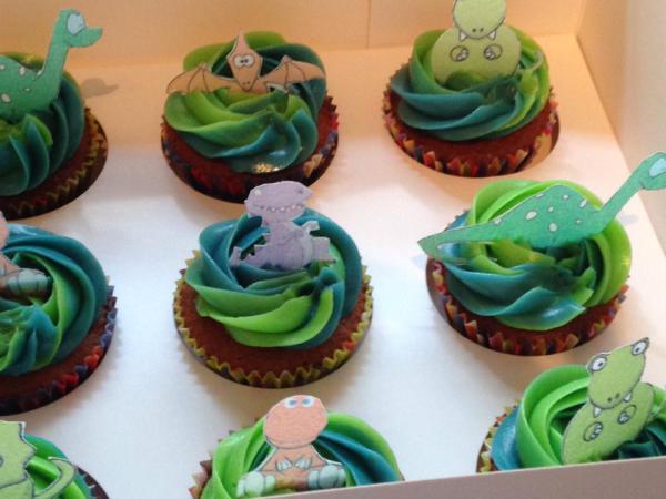 dinosaur-cupcakes