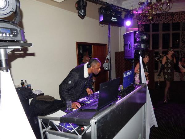 DJ Pied Piper & MC DT were handed the decks