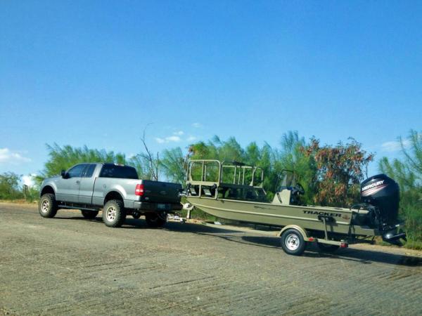 Gar Bow Fishing