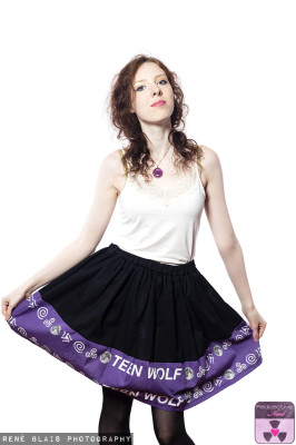 TEEN WOLF PURPLE BOARDER SKIRT