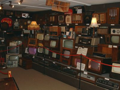 Amberley Museum - Let's explore TV's and Radios