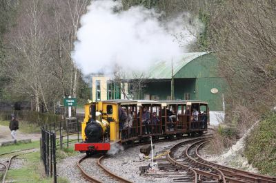 Amberley Museum - Let's explore the trains