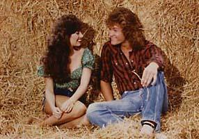 1982 -In the hay with a Hee Haw Honey