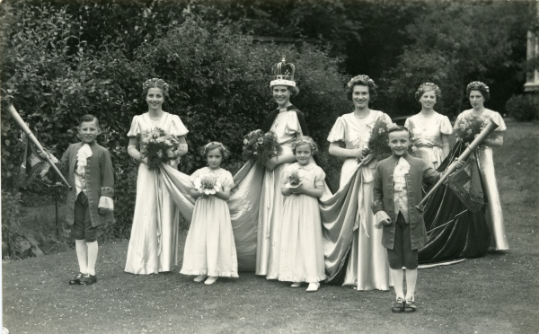 Finedon Carnival Queen Party c1950s