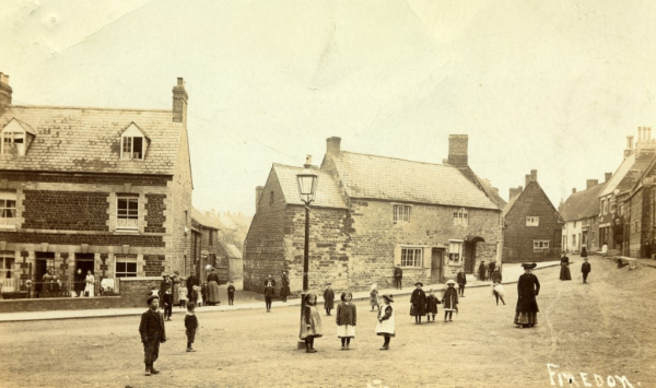 Junction of Stocks Hill and Regent Street c1905
