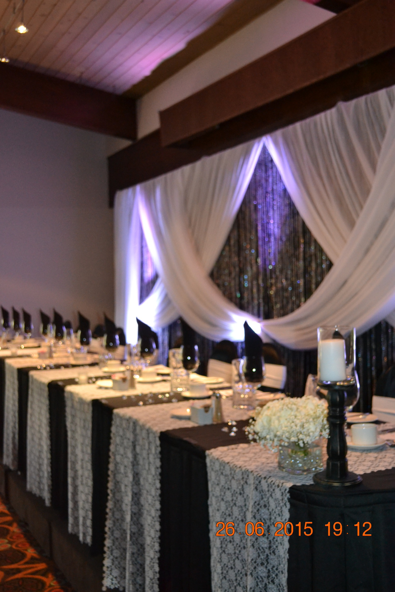 Head-table to match