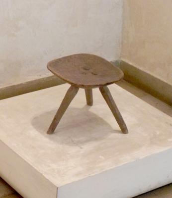 Un scaun in trei imperii