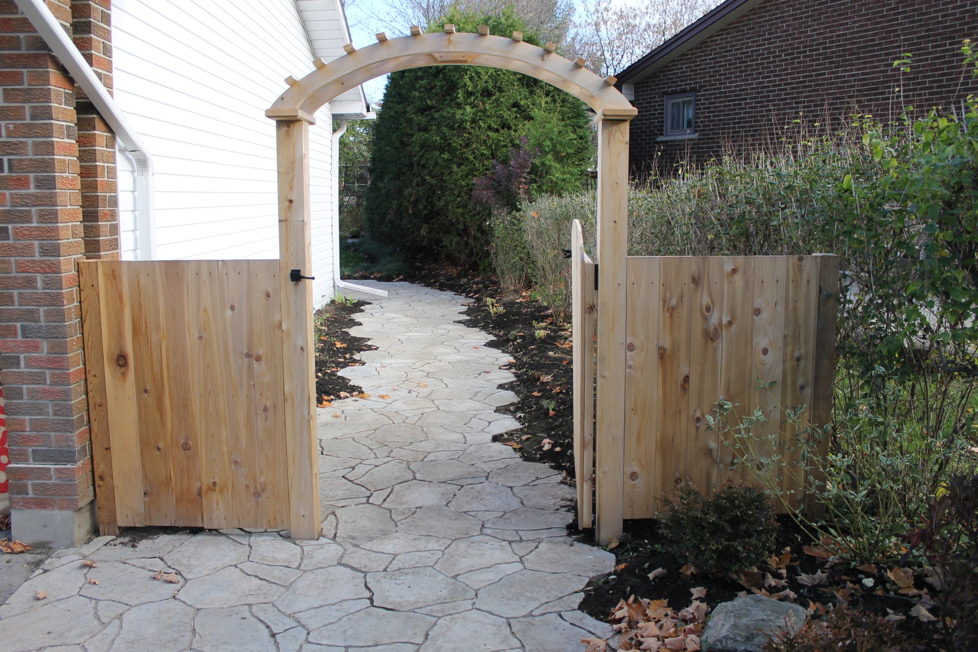 Interlock Walkway and Gate