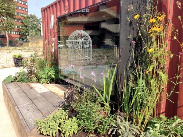 The Edible Bus Stop - Gow Brixton - Sept 2014