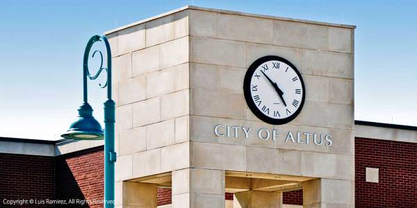 photo of Altus city hall bulding in altus okklahoma by luis ramirez web print photography