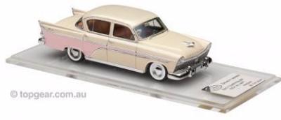 theahmm_1957_Chrysler_Royal_03