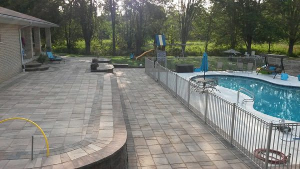 Patio:pool