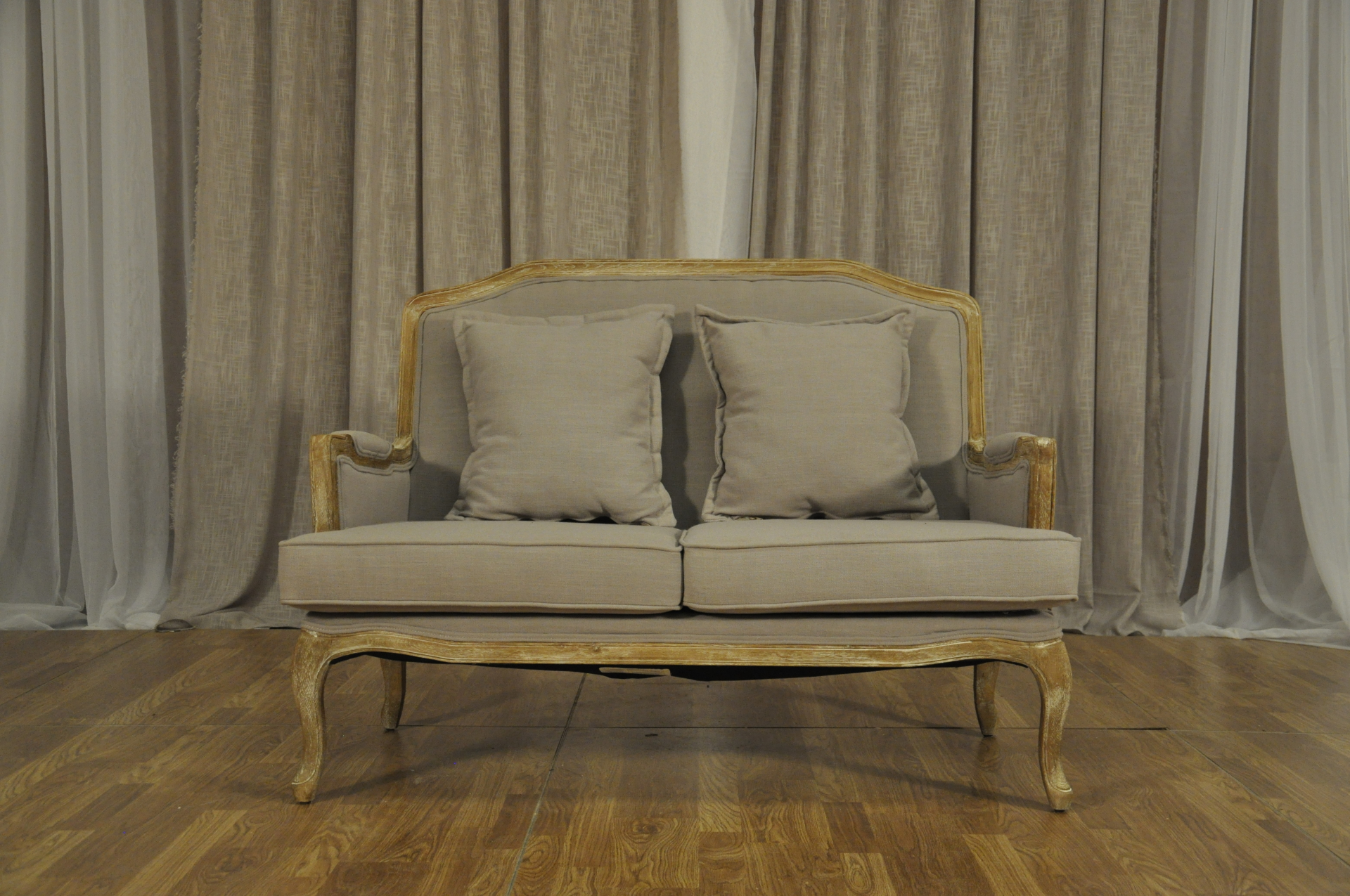 FRENCH GREY SETTEE