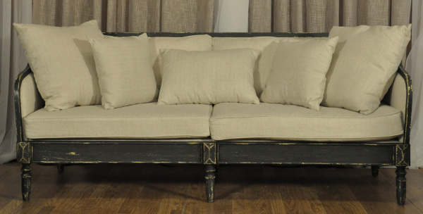 THE FRANKLIN SOFA