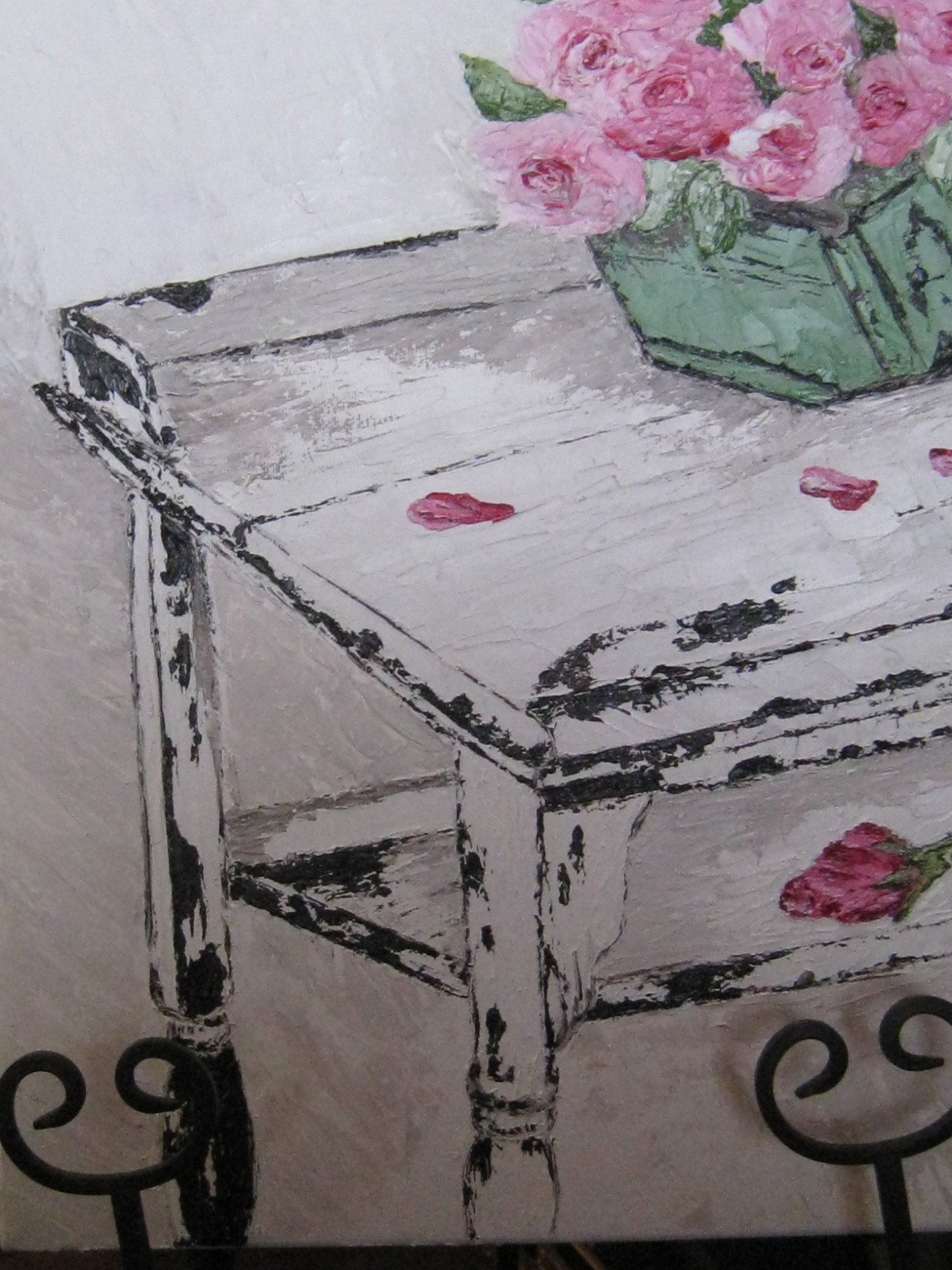 """Shabby Chic Table with Roses"""