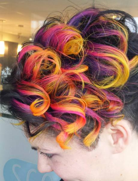 Vibrant Elumen Hair Colour