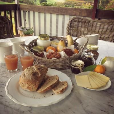 breakfast included, bnb