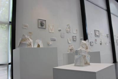 'sheltered' sculpture instillation, Made in Making - graduate exhibition_Karina smeets