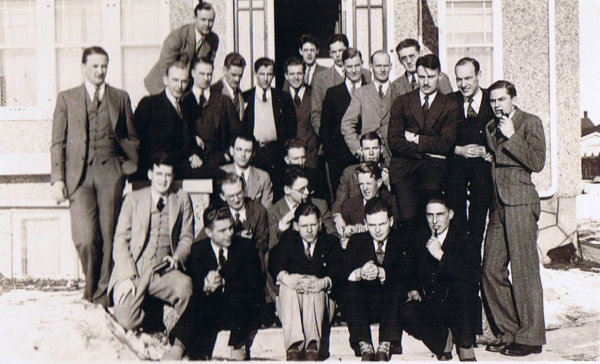 1930s-Group-2