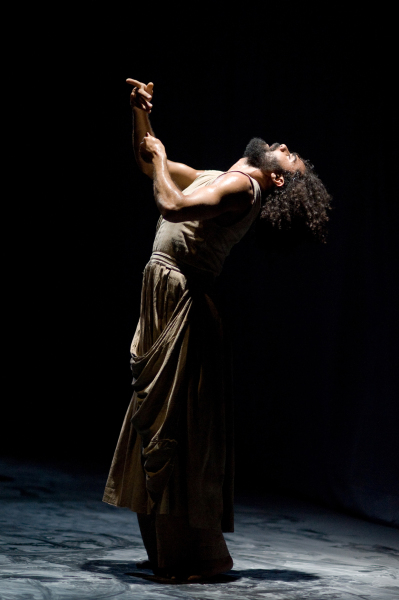 Mover: Salah El Brogy Photographer: Laurent Ziegler