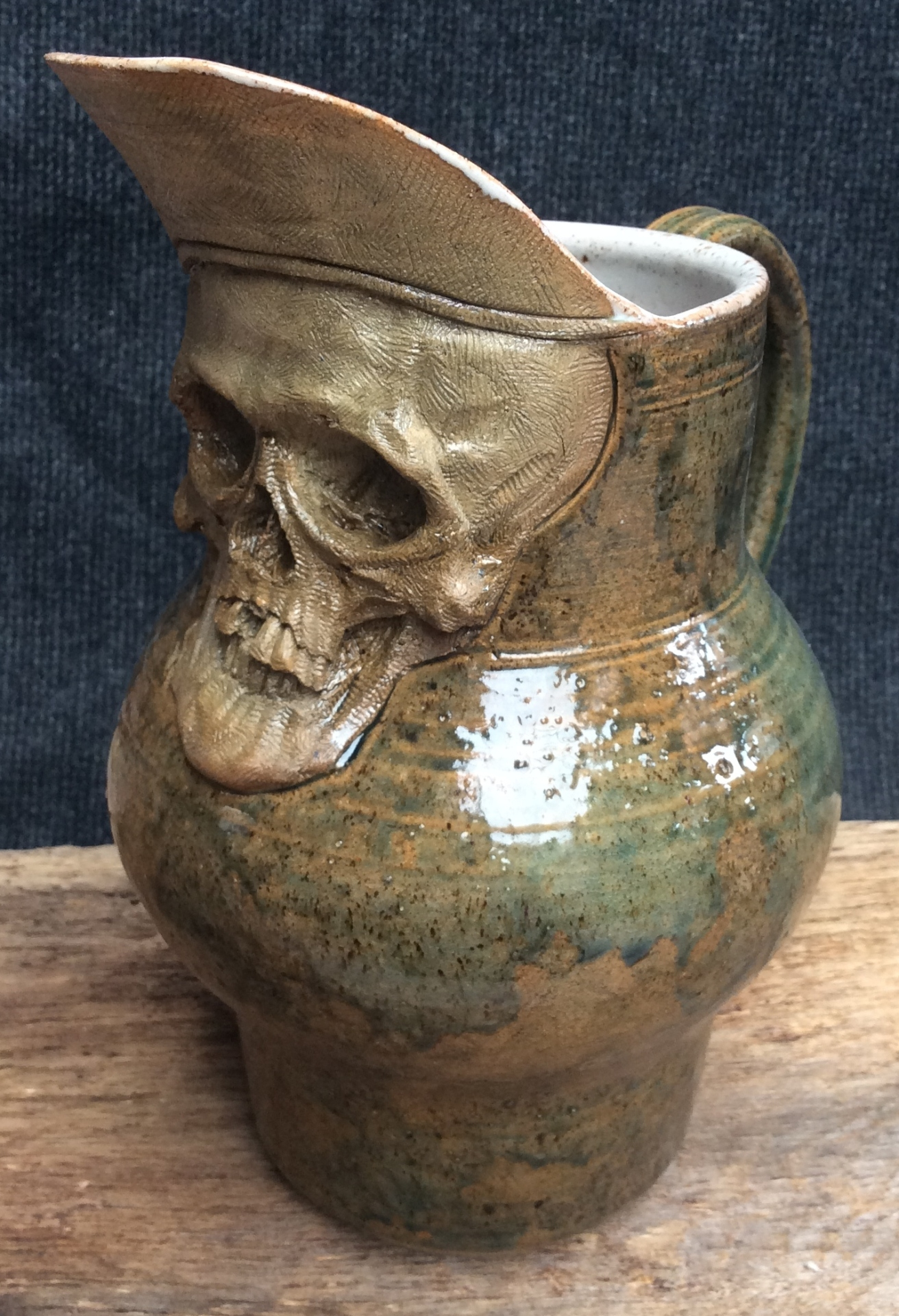 scull jug 10 inches high