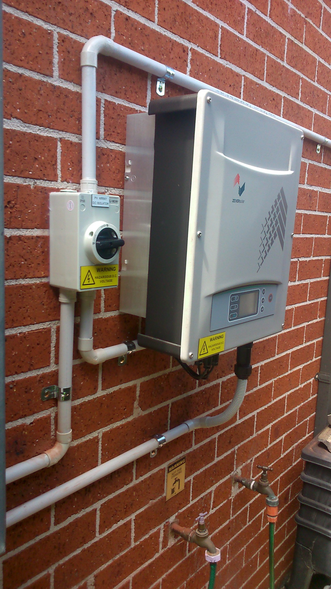 solar panel inverter penrith