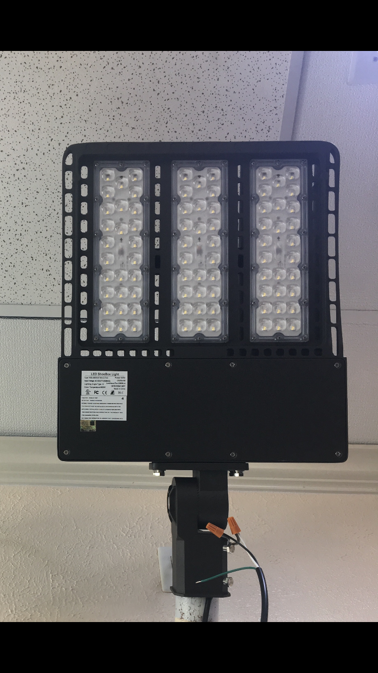LED PARKING LOT LIGHT SHOE BOX  (G-LPL-W-C300W)