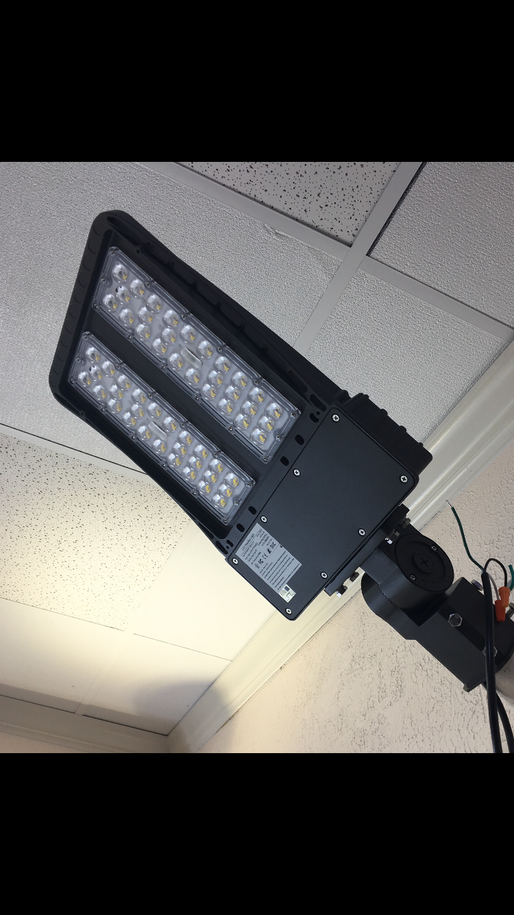 LED PARKING LOT LIGHT SHOE BOX ( G-LPL-W-C200W)